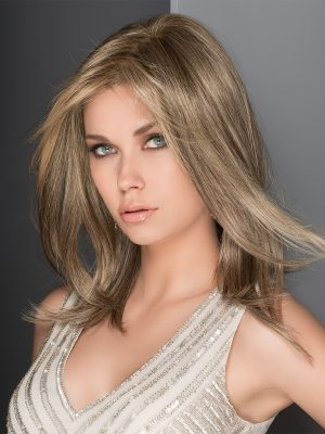 AFFAIR Wig by Ellen Wille in SAND MIX | Light Brown, Medium Honey Blonde, and Light Golden Blonde Blend
