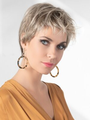 Aura by Ellen Wille | impeccable ear to ear extended Lace front that offers styling versatility and a seamless, natural appearance