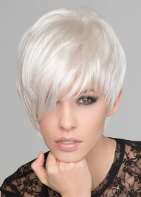 This wig features a monofilament left-side part