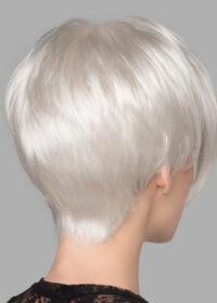 Soft, tapered neckline