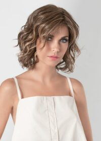 The Eclat features an impeccable ear to ear extended lace front offers styling versatility and a seamless, natural appearance.
